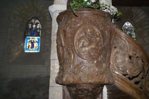 La chaire provient de Tournai Sur cette face: Saint Pierre