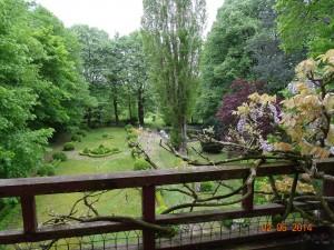 un jardin plein de charme