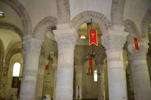 La rotonde à 11 colonnes représentant les 11 apôtres après le départ de Judas